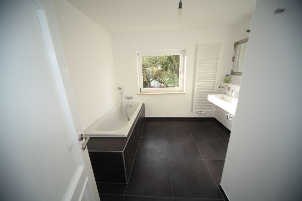 Sanierung Badezimmer | Haus 1 Badezimmer Bild 2 Sanieren In Ulm Bossmann Gmbh
