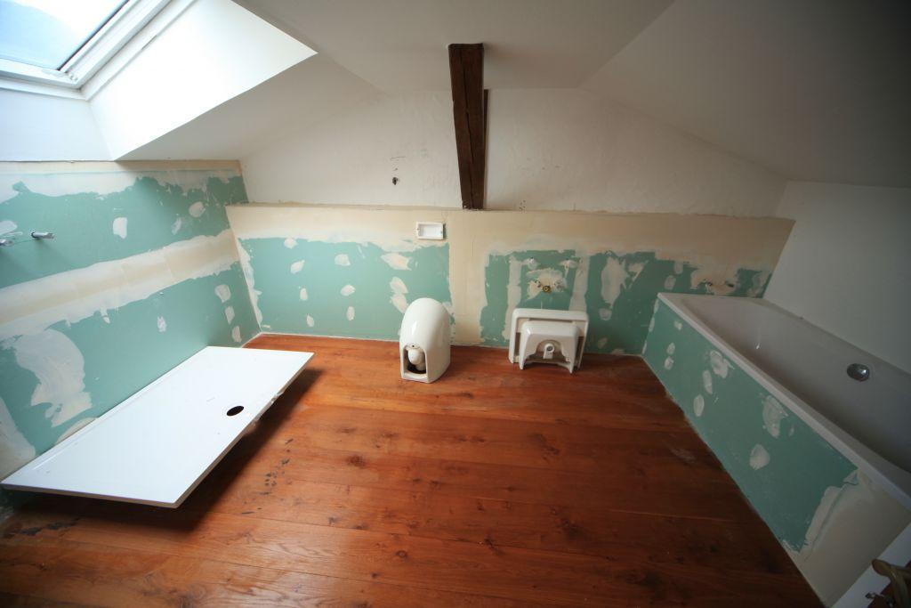 wohnung 1 badezimmer bild 1 sanieren in ulm bossmann gmbh. Black Bedroom Furniture Sets. Home Design Ideas