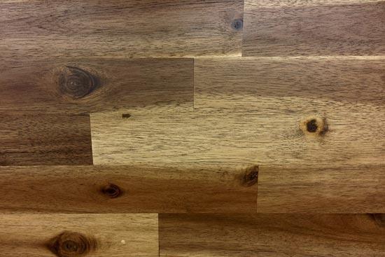 Laminat mit Holzmaserung
